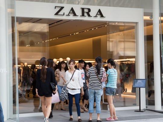 Zara storefront.