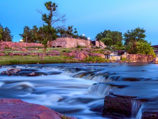 South Dakota: Sioux Falls.