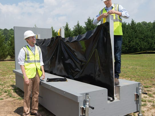 Dave Cadogan, left, director of engineering and product