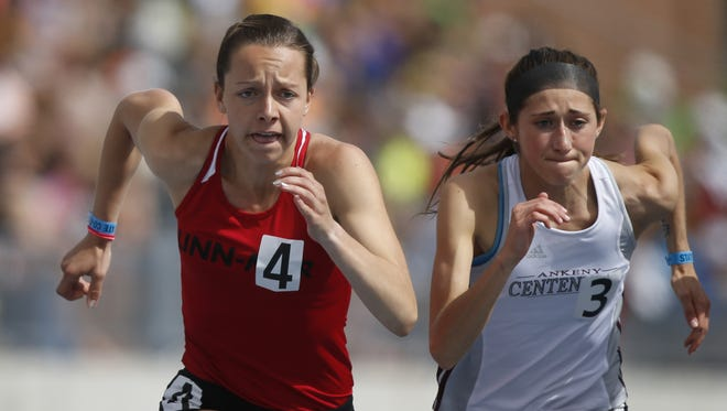 Linn-Mar's Stephanie Jenks, left, in the 4-A 800 meter run at the state track meet last week in Des Moines.