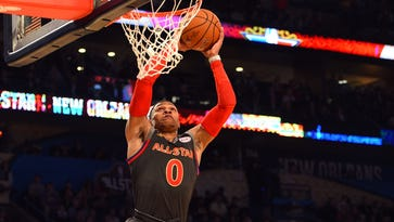 Russell Westbrook throws it down.