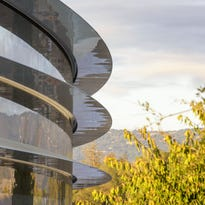 Apple Park opens with cautionary note: glitzy corporate digs don't always pan out