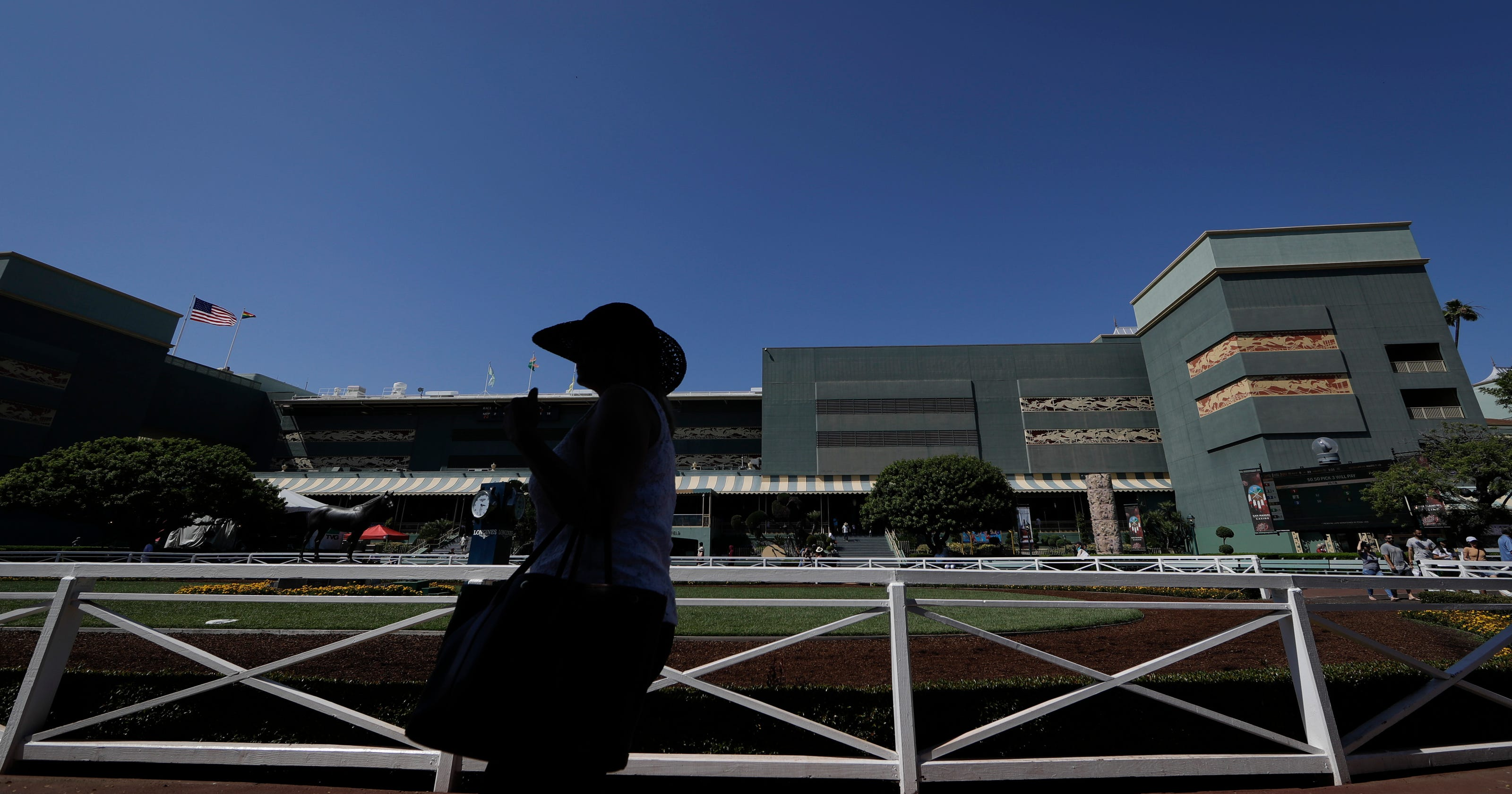 Breeders Cup Stays At Santa Anita This Fall Despite Deaths