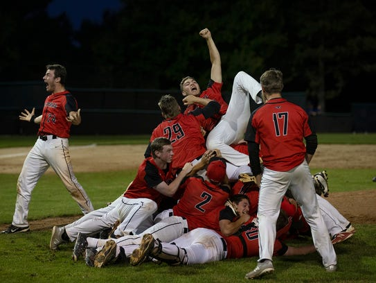 Hunterdon Central celelbrate their state final win.