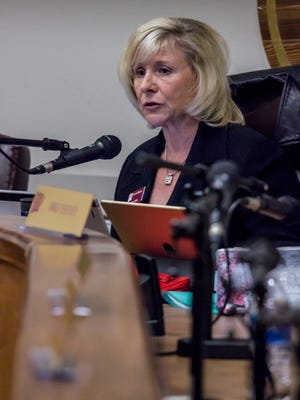 Chair Debra Hicks calls the NMSU Board of Regents special meeting to order on Monday, Feb. 12, 2018, at the Regents Room of the Educational Services Building in Las Cruces.