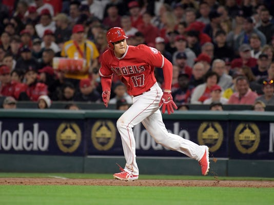 USP MLB: CLEVELAND INDIANS AT LOS ANGELES ANGELS S BBA LAA CLE USA CA