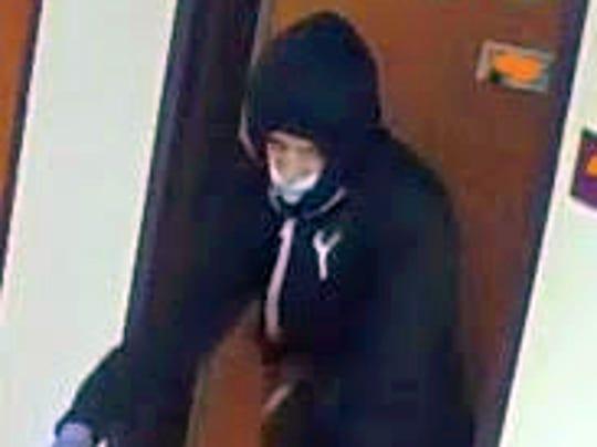 636594873640175002-suspect2-rev2.jpg