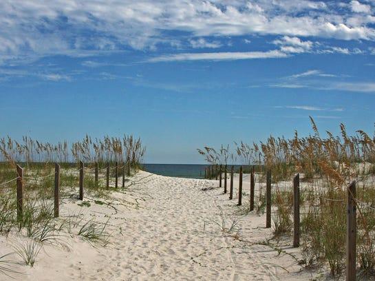 Travel_Best_Beaches__jbuitrago@news-press.com_8.jpg