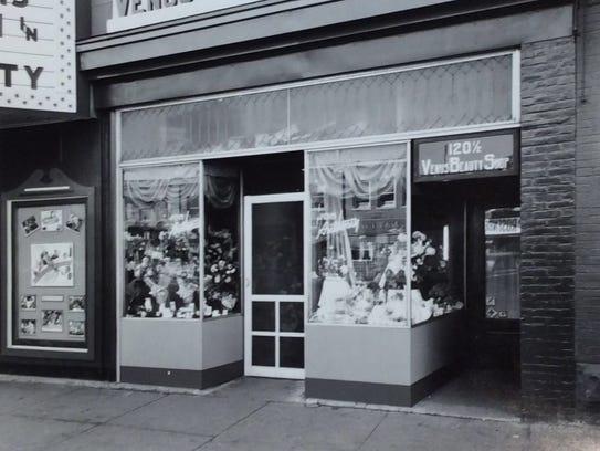 Entrance to the Venus Beauty Shop, 120 ½ E. Michigan