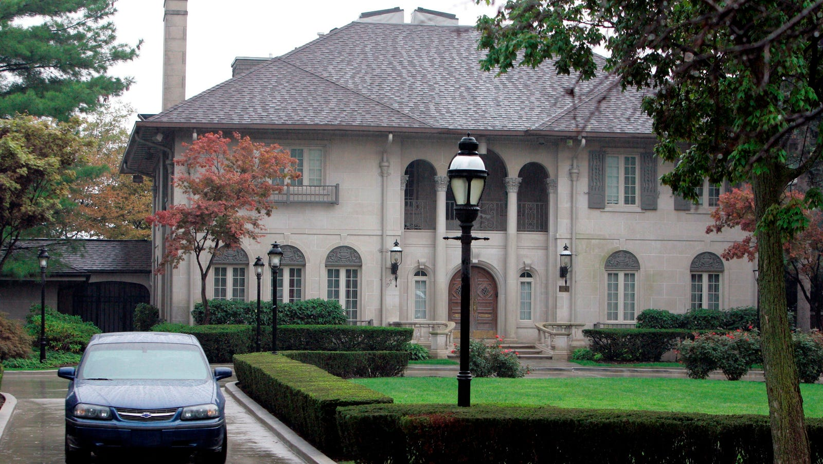 Mayoral mansions have mixed track record