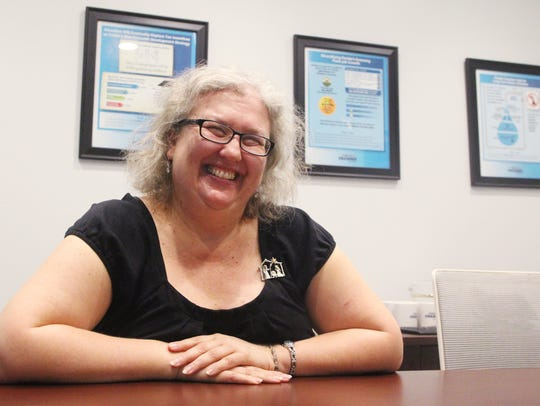 Donna Nieschwietz is a tutor for Literacy Volunteers