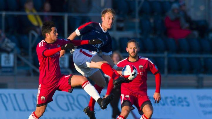 Eleven play to draw in Ottawa