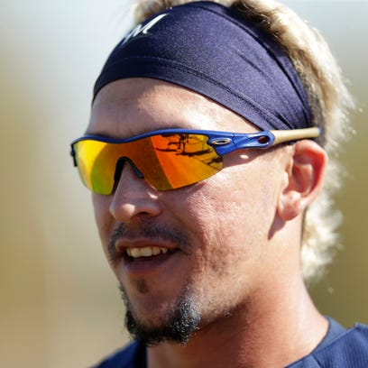Brewers by position: Hernan Perez a 'seven-spot' player off bench