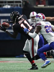 Atlanta Falcons wide receiver Julio Jones (11) played only 15 snaps against the Bills due to a groin injury.