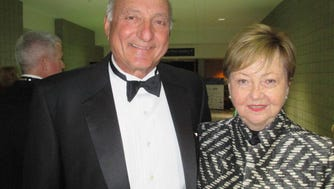 Sue Dragisic pictured with her husband John Dragisic in 2015