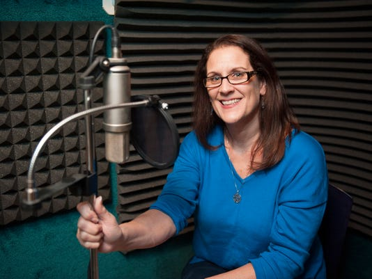 VOICE OVER ACTRESS