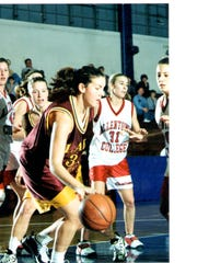 Former Sea Gull Lisa Neylan was passed by Anna Hackett on the all-time scoring list.