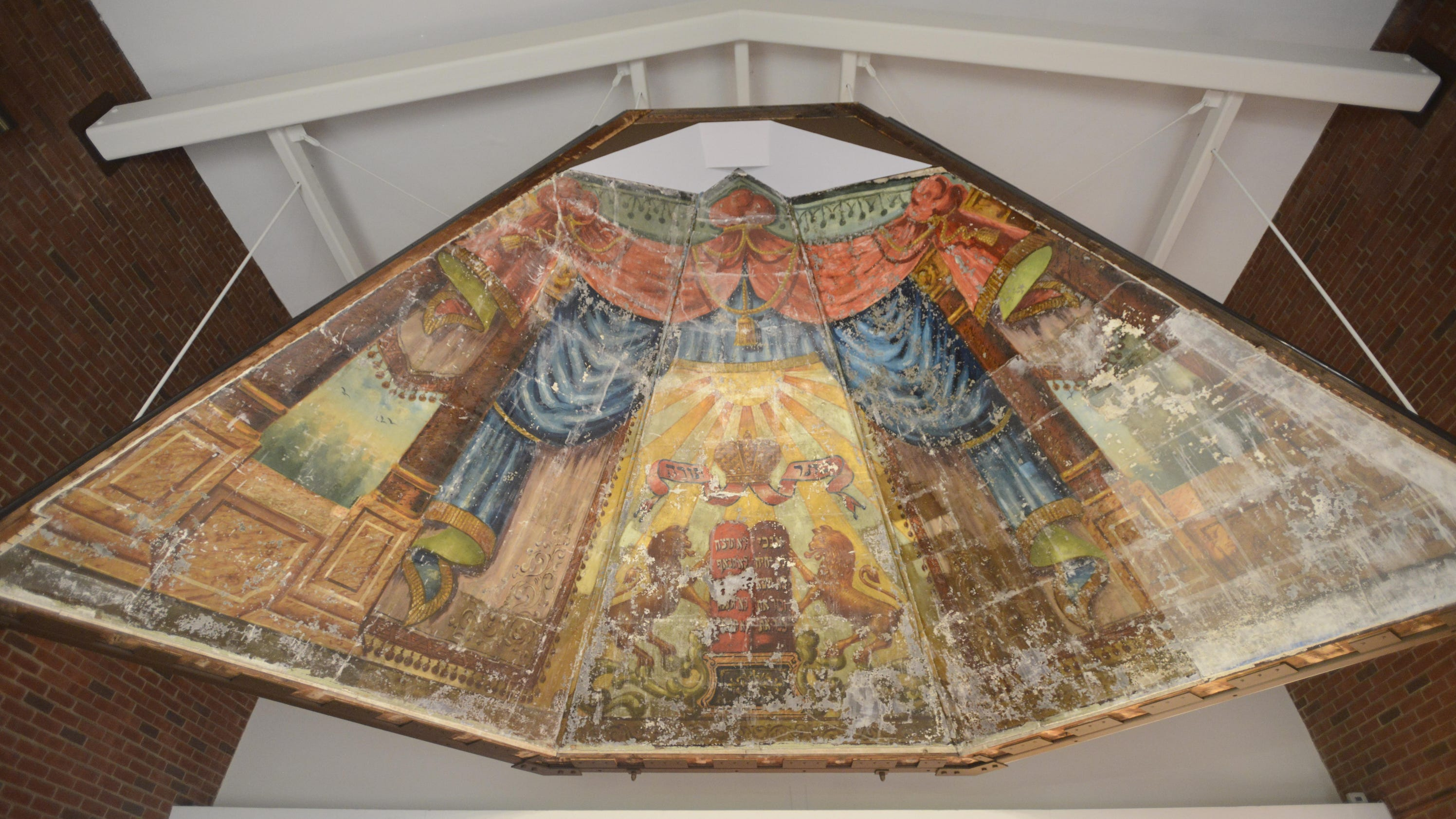 39 Lost 39 Jewish Mural Revealed In New Home