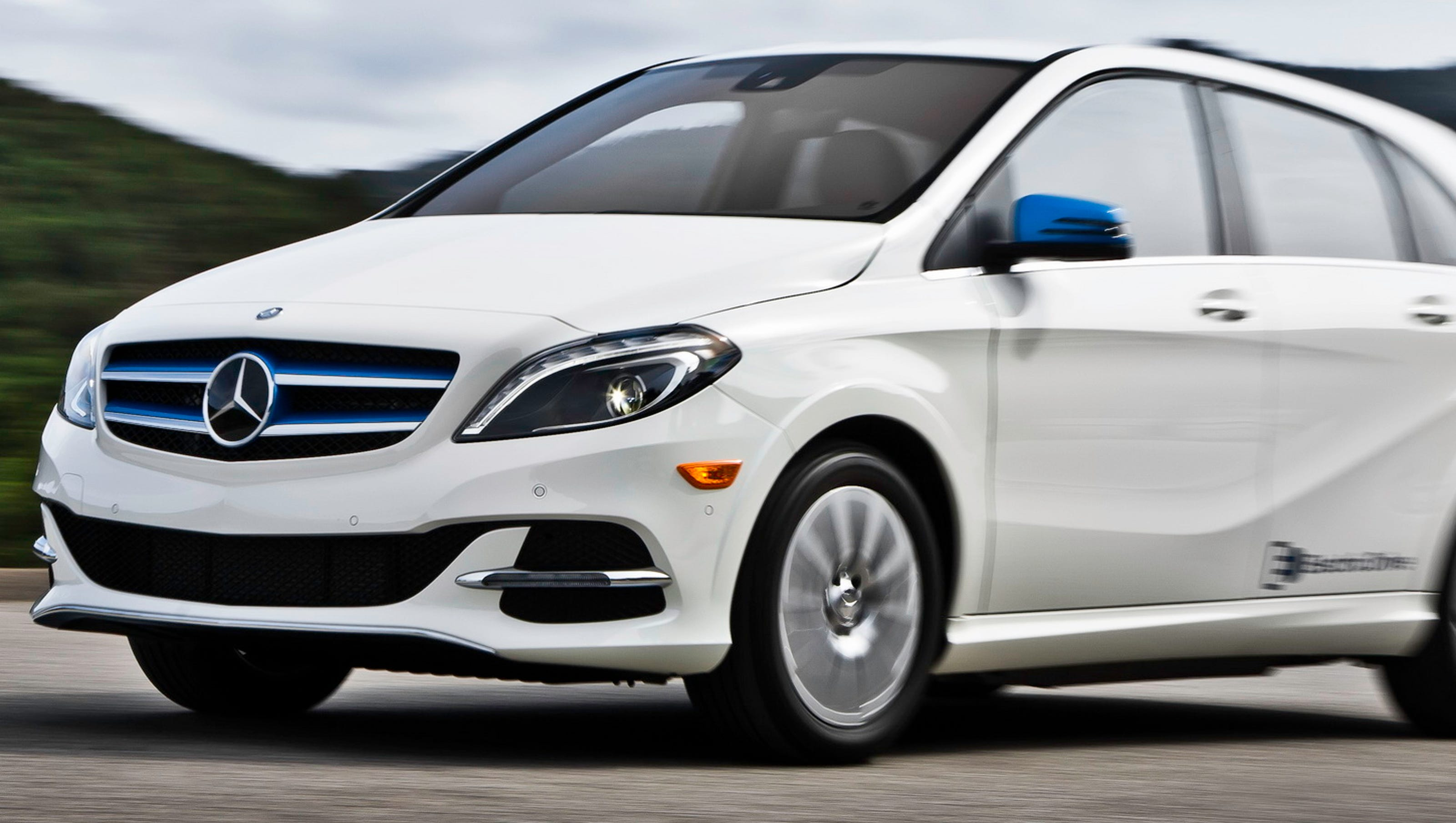 Review 2017 Mercedes Benz B Class Electric Drive Is Dynamic Powerful
