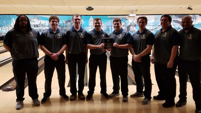 Schoolcraft College's men's bowling team won the Great Lakes Invitational Jan. 13 at Muskegon Community College. Members of the winning team included (from left)  Lonnie Lawrence, Eric Deyonker, Matthew Westemeier, Cody Farr, Ryan Gasparovich, Andrew Gury, Matt Gury and Mike Rees.
