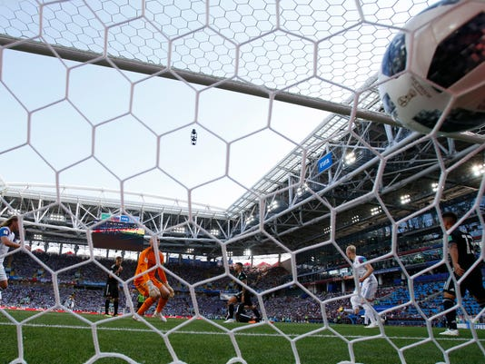 Russia_Soccer_WCup_Argentina_Iceland_28501.jpg