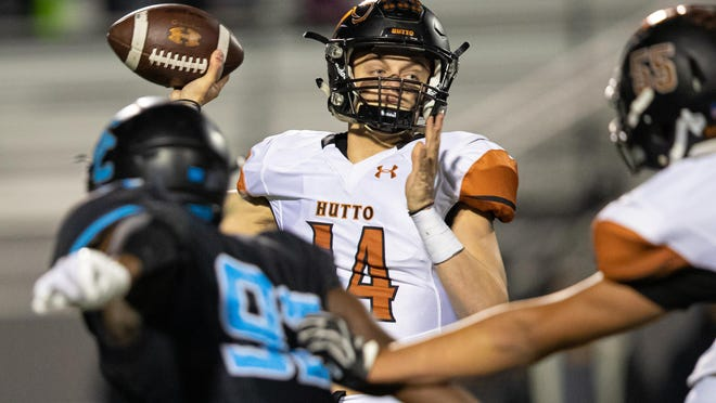 Hutto quarterback Grayson Doggett, passing last season against Shadow Creek, likes to have some quiet time to pray before games and likes to go to Chick-fil-A for lunch on game day.