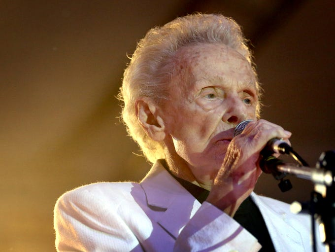 Ralph Stanley takes the main stage opening night of
