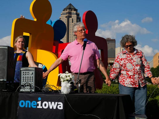 Des Moines mayor Frank Cownie was a guest speaker as