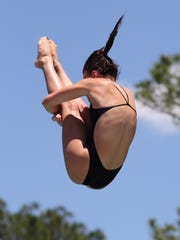 Chiles junior Rainey Vause dives at the USA Diving