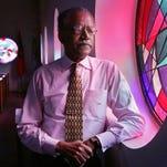 Civil rights leader Samuel Billy Kyles dies; was with MLK in Memphis