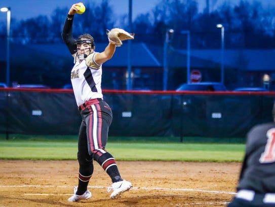 Riverdale's Kaylee Hewitt fires a pitch during a 3-1 win over Stewarts Creek Tuesday.