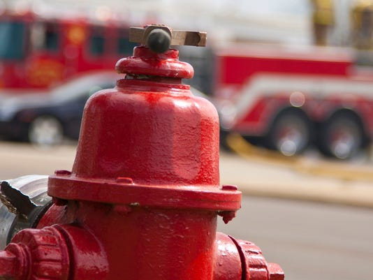 635766508018241665-Fire-truck-and-hydrant