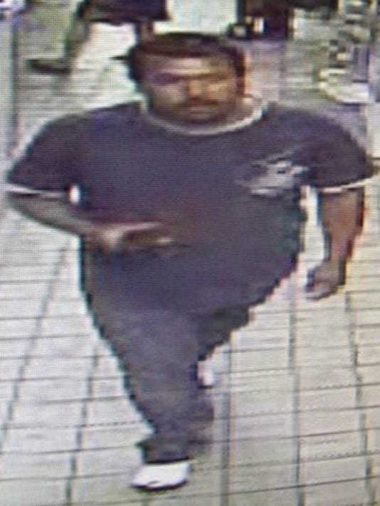 635620166565504809-Hispanic-Suspect-pic-2---cropped