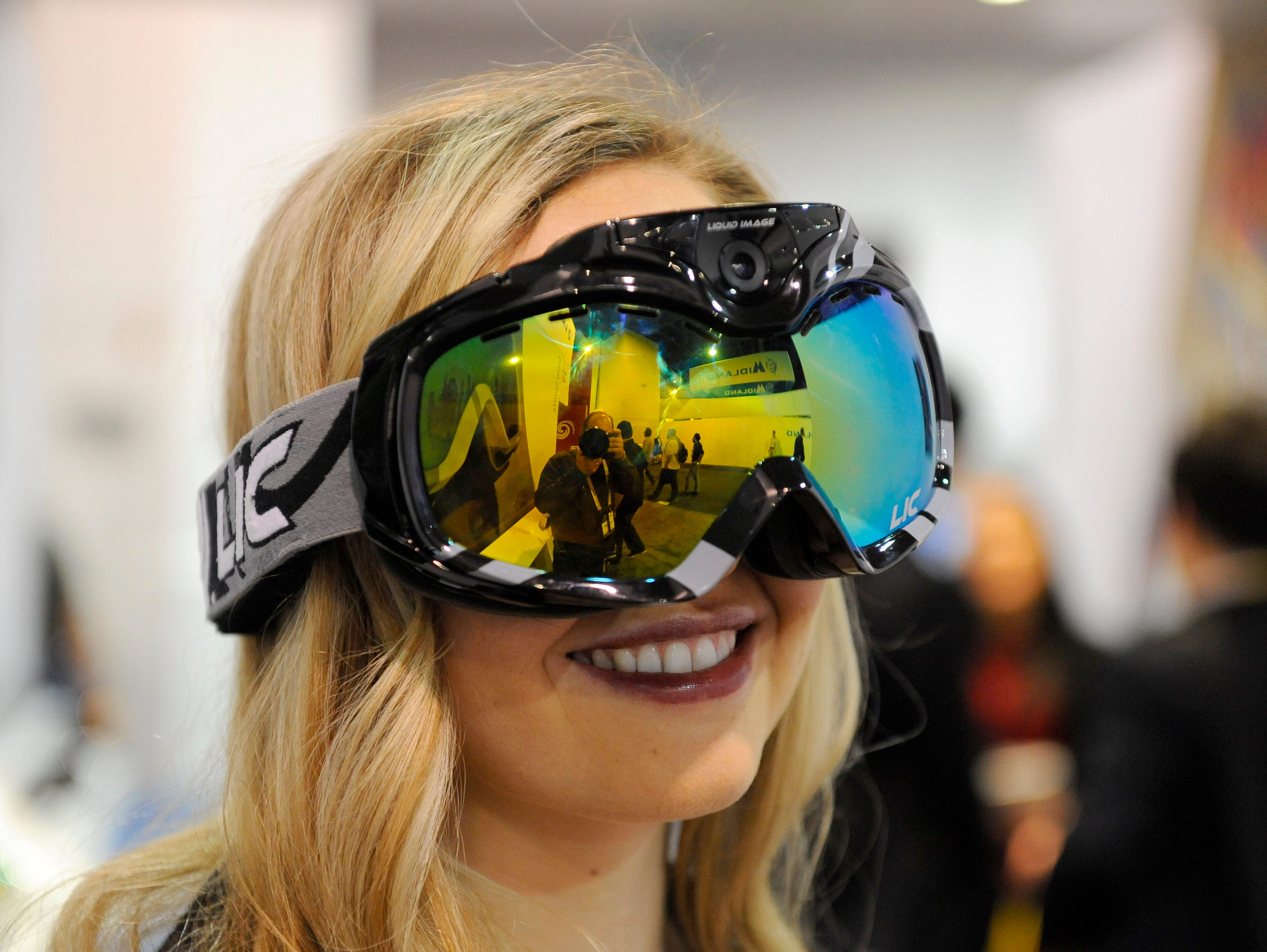 The Liquid Imag Apex HD snowboard and ski goggles capture POV footage of everything you see.