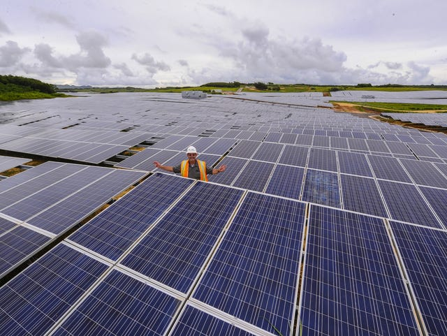 6-year-old law yet to help public schools use solar energy