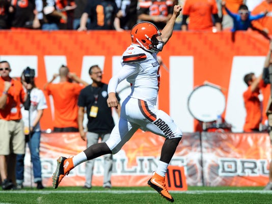 USP NFL: TENNESSEE TITANS AT CLEVELAND BROWNS S FBN USA OH