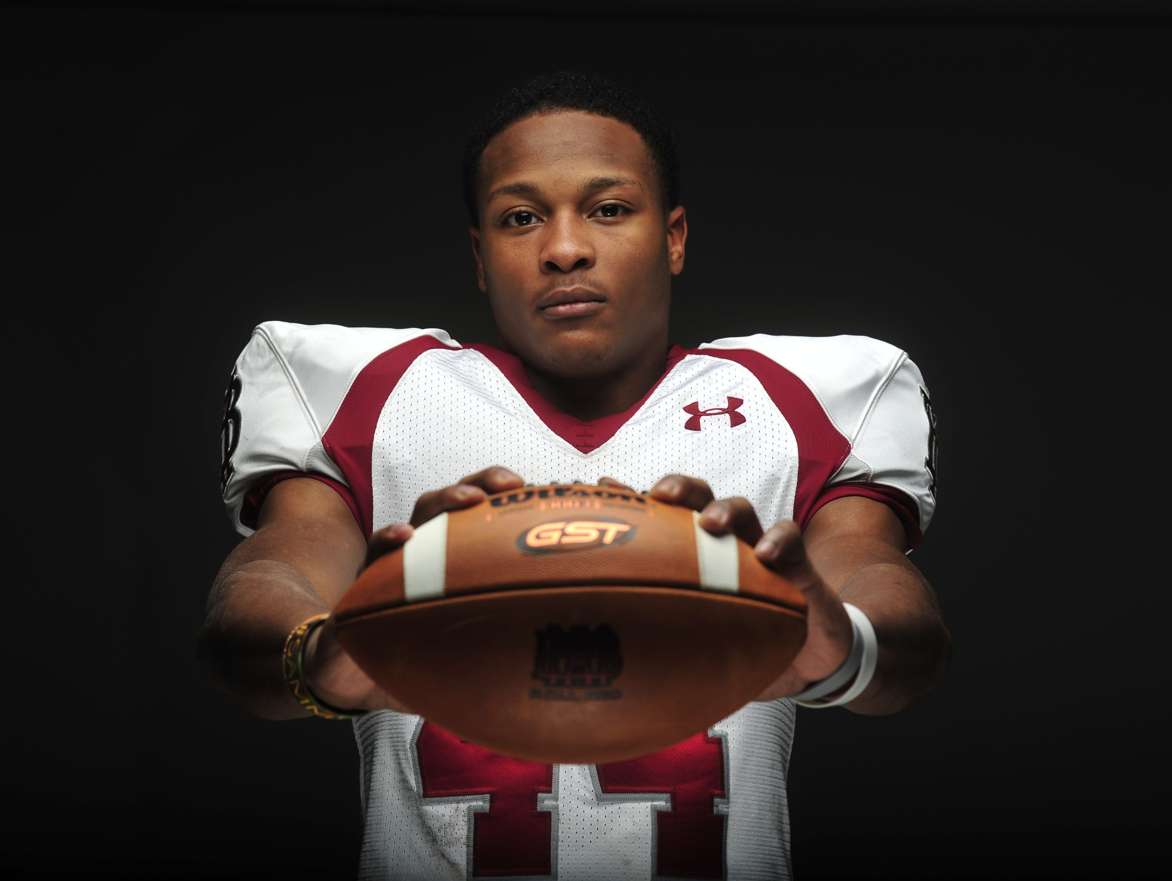 Montgomery Bell Academy senior running back Ty Chandler committed to Tennessee on Monday.