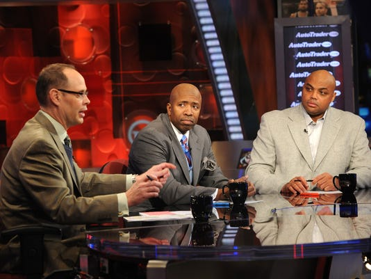 Ernie Johnson Jr., Kenny Smith, Charles Barkley