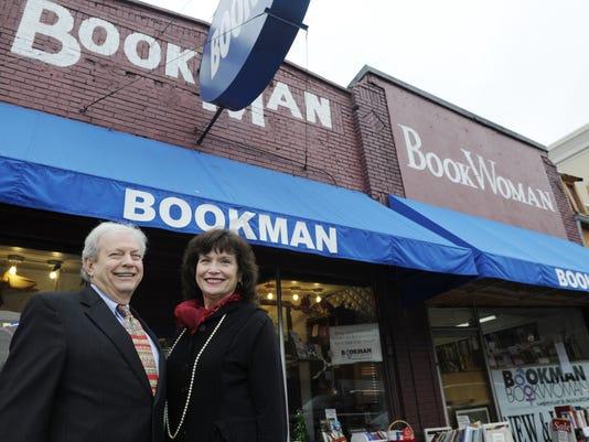 636147142268267867-bookmanbookwoman.jpg