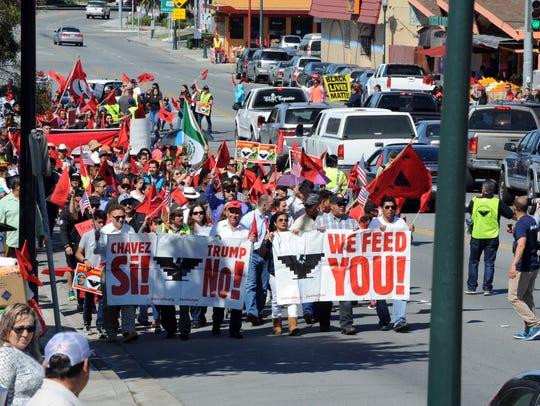 """La sucursal en Salinas del Sindicato Unido de Trabajadores del Campo (UFW) de Estados Unidos espera atraer a cientos de miles de personas a la ciudad el 8 de abril para una """"mega marcha"""" en nombre de César Chávez y en contra del presidente Donald Trump, dijo Lauro Barajas, director regional de la UFW."""