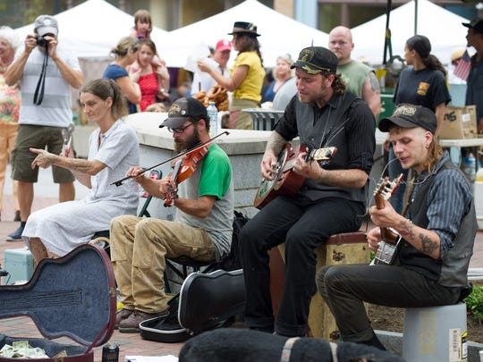 Buskers entertain at the Big Crafty. 7/12/2015- Pat Barcas.