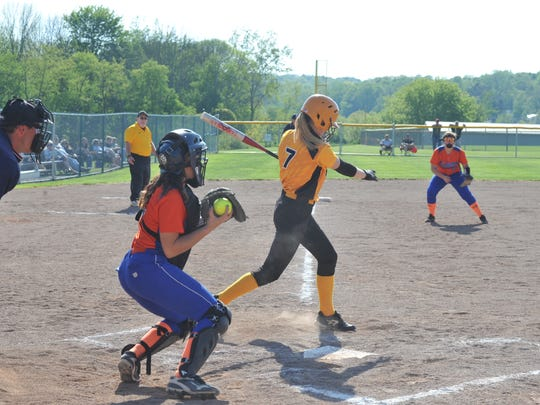 Kerri Reynolds notched a pair of key hits for the Lady Eagles in their 5-2 win over Edison.