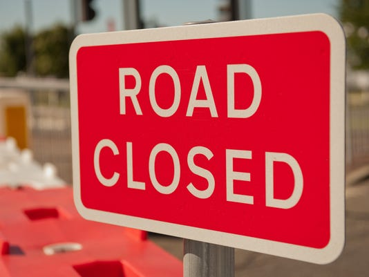 Generic Road closure sign and caption