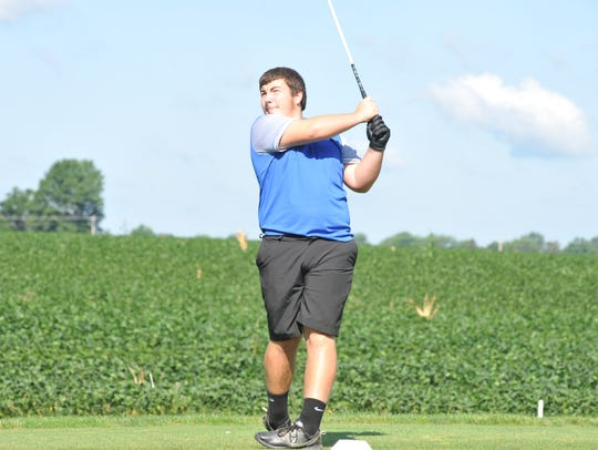 Logen Sand of Wynford drives off the tee of the sixth
