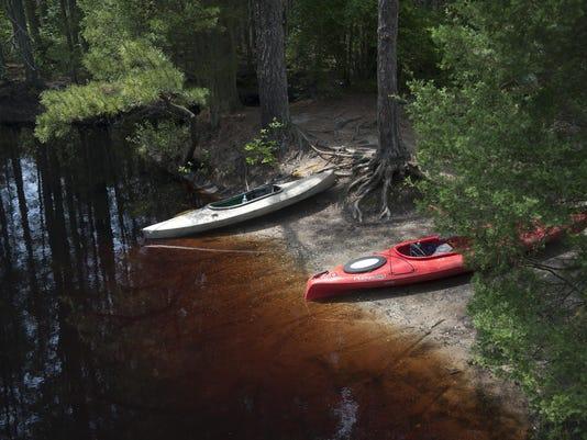 CHL 0616 KayakingPines