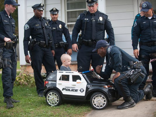 CamCo Police surprise sick boy with K9 demo