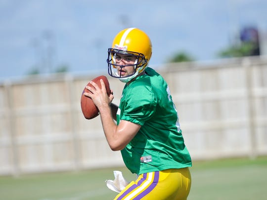 Zach Lee drew compliments from LSU coaches in August
