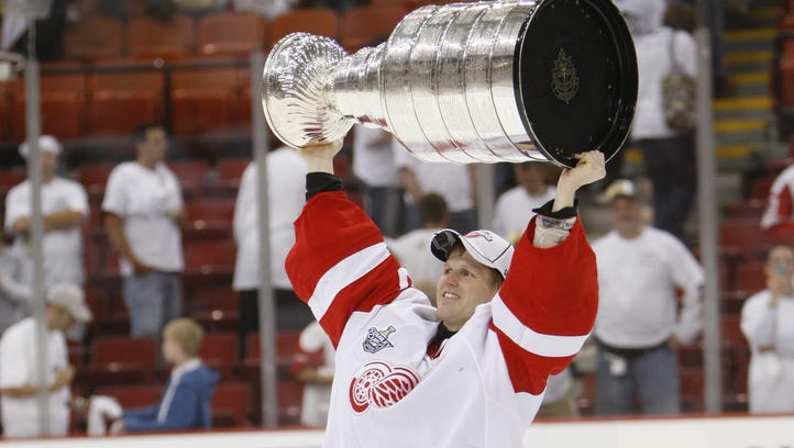 Wings' Osgood, Colleen Howe don't make Hall of Fame