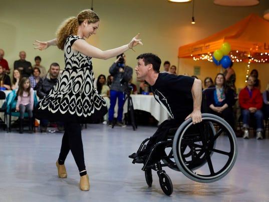 636543061742199790-Nicole-Agaronnik-and-Rik-Daniels-perform-at-a-charity-event.jpg