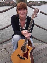 Singer-songwriter Lauren Heintz